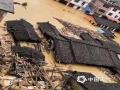 中国天气网讯 5月15日20时-16日10?#20445;?#31119;建三明市区累积降水量186.2毫米,打破当地日降水量极值纪录。强降雨导致三明部分地区出现内涝滑坡等灾害。图为三明清流房屋被淹。(图/常志刚 文/万灵)