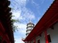 蓝天白云下哈尔滨极乐寺的惊艳瞬间