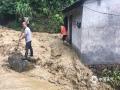 6月9日,截止到下午3点,在过去的24小时里,江西省萍乡市普降暴雨。全市四个站点里,上栗、萍乡、芦溪三个站点出现暴雨,莲花县更是出现132.7毫米的大暴雨。图为莲花县坊楼镇煤矿区遭遇泥石流。(朱俊军/摄)