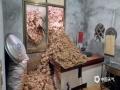 6月11日,福建龙岩连续性暴雨造成长汀县山体滑坡,大同镇民房围墙倒塌,泥石流入居民家中。(图/陈青)