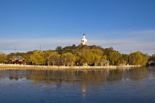 冰封如镜!北京市内各大景区湖面大面积结冰