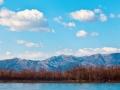 颜值爆表!蓝天白云下眺望北京西山