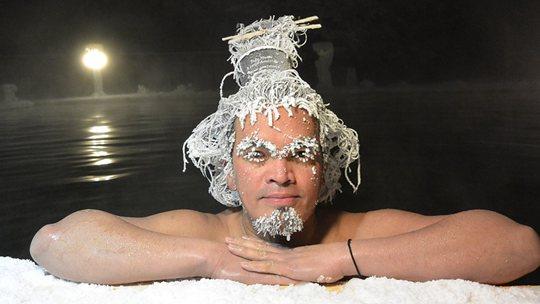 加拿大冰冻头发大赛 奇形怪状令人咋舌