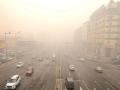 哈爾濱今晨遭遇霧和霾 能見度不佳