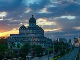 北京雷雨頻繁 云浪翻滾中看日出日落