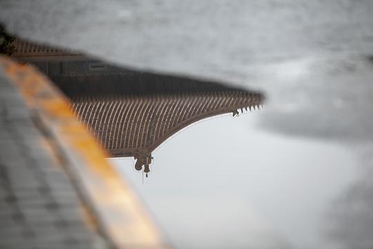 水中倒影看北京 建筑与水交融展现别样美