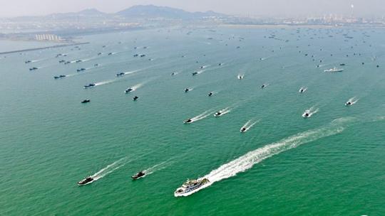 山東日照千艘漁船出海 場面壯觀