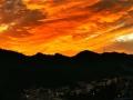 貴陽金色朝霞鋪滿天空 絢麗耀眼