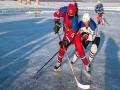 哈爾濱老年冰球隊身姿矯健 平均年齡超過60歲