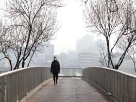 北京今天部分地区出现重度污染 出行需做好防护