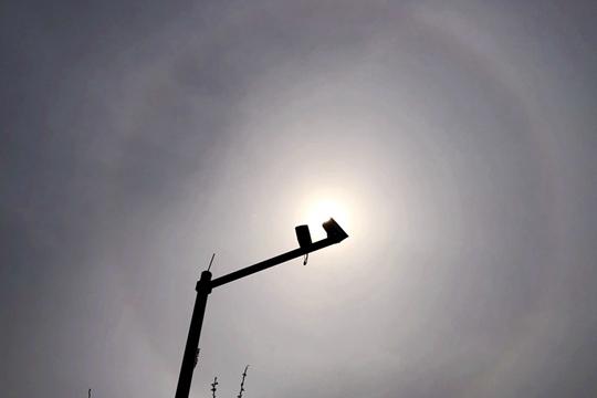 又双叒叕来!北京上空再现日晕 你看到了吗?