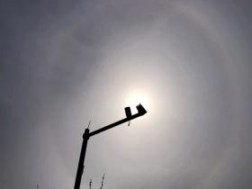 又雙叒叕來!北京上空再現日暈 你看到了嗎?