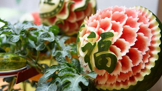 """花式""""吃瓜""""!你想不到的西瓜创意吃法"""