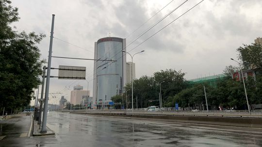 北京入汛以来最强降雨持续 目前最强降雨出现在房山新村