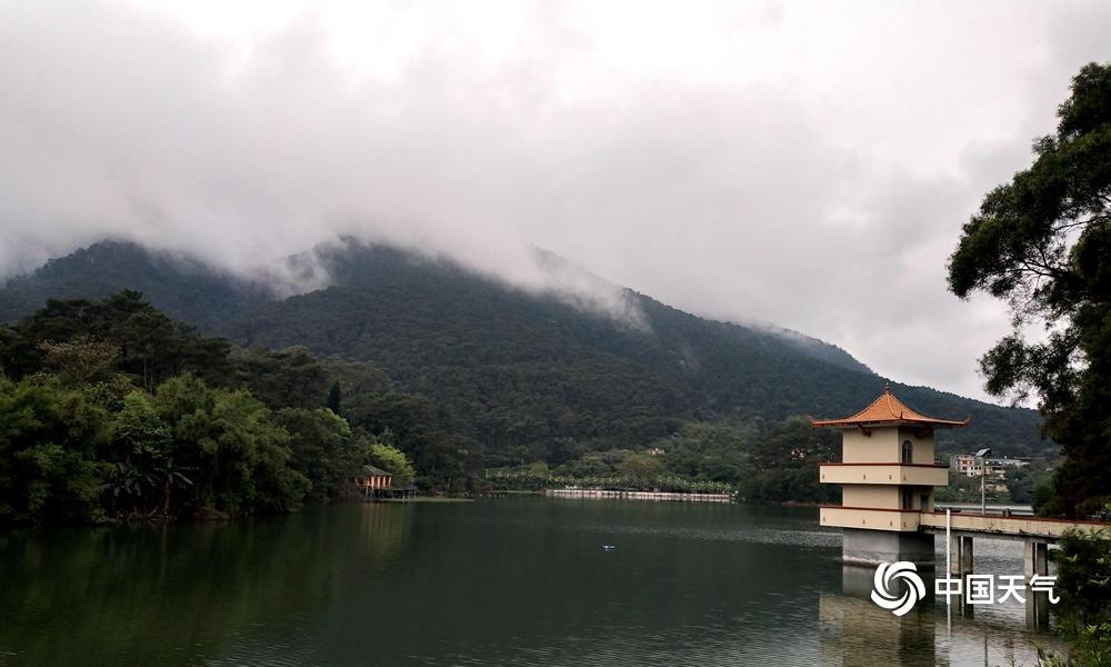 桂平雨水暂歇 西山水风景美如画