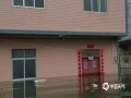 中国天气网广西站讯 7月6~9日,隆林全县出现了持续性强降雨天气过程,大部地区过程累计雨量达150毫米以上,局部超过200毫米,最大降雨量是隆或镇八峰村达到 226.4毫米。强降雨造成克长、介廷、隆或等多乡镇洪涝灾害。昨天(9日),克长乡和平村受灾较为严重,群众房屋被淹,部分沿河低洼水稻、玉米被洪水淹泡,多处公路塌方和道路积水,导致通行困难。(文图/尹华军)