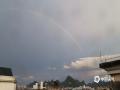 中国天气网广西站讯 进入6月份以来,贺州市强降雨频发,今天(15日)傍晚时分,市区又经历了一场短时强降雨。降雨过后,贺州市区上空惊现美丽的彩虹,虽然持续时间短暂,但却让人们的心情瞬间变得愉悦起来。(图文/欧欣格)