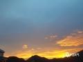 中国天气网广西站讯 7月20日傍晚,西林一场阵雨过后,天空出现了绚丽的晚霞。(图文/莫保结)