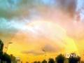 中国天气网讯 7月22日傍晚时分,山西阳泉雨过天晴,出现久违的双彩虹和晚霞,简直美爆了。(文/郑艳婷 图/冀晓琴)