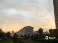 中国天气网讯 7月22日傍晚时分,山西阳泉雨过天晴,出现久违的双彩虹和晚霞,简直美爆了。(图/索刚)