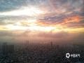图为乌云终散去,云开见日出。(文/黄庆平 图/卜军波)