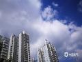 """中国天气网广西站讯 9月3日,南宁天气晴好,天空变幻多姿,摄影师用镜头记录下了天空的这场""""变装秀""""。(摄影:韦坚)"""