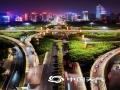 """中国天气网讯 国庆期间,南宁城区上演璀璨""""灯光秀"""",美轮美奂的画面、国旗图案和""""我爱你祖国""""等字样营造出浓烈、祥和的节日气氛。流光溢彩的邕城,不仅展现了壮乡70年路程的成就,也为新中国70华诞送上美丽的祝福。(文/刘英轶 图/高钰杰 )"""