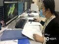 中国天气网广西站讯 3月25日15—18时,玉林市中北部受高空槽和暖湿气流共同影响,自西向东先后出现了雷暴大风、局部冰雹等强对流天气。 强对流天气出现后,玉林市气象局立即进入紧急工作状态,各部门加强值班值守,严格执行24小时值班和领导带班制度,加强监测预报预警,提高预警提前量,严格按灾害性天气预警服务策略开展服务工作。(图文/ 王涵 )
