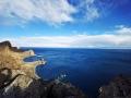 中国天气网广西站讯 圣象天门位于西藏那曲地区班戈县,藏匿于那木措北岸,隔着圣湖与神山念青唐古拉对望,这里的蓝天即使被白云遮盖也能触到内心最柔软的部分,是隐藏在传说中的圣地。(文/韦双双 图/章小鱼)