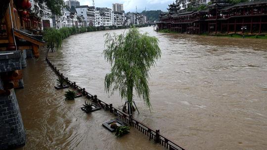 资源县城经受暴雨洗礼