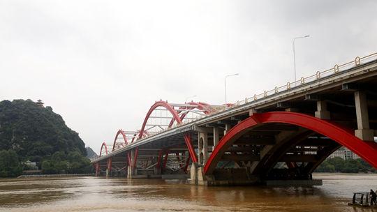 柳州出现今年首轮洪峰