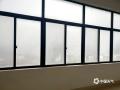 中国天气网讯 近日广西接连被阴雨包围。今晨,受偏南暖湿气流影响,广西中部多地遭遇大雾袭击,局地能见度不足50米。图为:马山雨雾回南天齐来袭。(图/谭晓丽 文/郁海蓉)