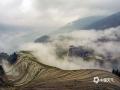 中国天气网讯 近日,广西桂林多地阴雨不断,山谷中、江河上常常云雾缭绕,将本来就美不胜收的山水打扮得更加如梦如幻。这是3月15日至17日在龙胜县龙脊梯田和资源县八角寨拍摄到的一组镜头。(图文/曾海科)