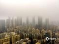 中国天气网广西站讯 今晨南宁轻雾缭绕,朦胧中这座城市又增添了几分妩媚!(摄影/老曾)