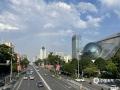 中国天气网广西站讯 经过几日的闷热天气,今天(5月16日)下午,南宁迎来了一场短暂的降雨。降雨过后,南宁天空出现一道美丽的彩虹,高挂在群楼之间,美不胜收。(图/陆健萍 文/卢威旭)