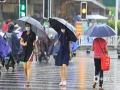 """受今年第7号台风""""查帕卡""""影响,7月21日20:00-22日8:00,南宁普降暴雨到大暴雨。预计今天(22日)白天南宁仍有大雨,局地有暴雨或大暴雨,晚上阴天有小雨,局部大雨。(图文/刘英轶)"""
