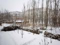 2月1日白天到2日早晨,河北承德全市相继出现降雪天气。其中在隆化、承德市区等地降水量为1-2毫米,达小雪量级。在承德市区,受路面积雪影响,市区道路变得十分湿滑,给市民出行造成不便。同时,全市高速公路也因雪关闭,当地交通出行受到不小影响。图为承德隆化(图/李辉 曹明明)