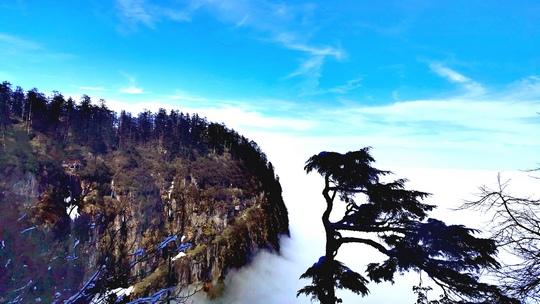 瓦屋山雪景