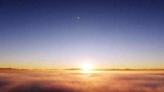 秋日云南普洱 山顶看云海 山脚品好茶