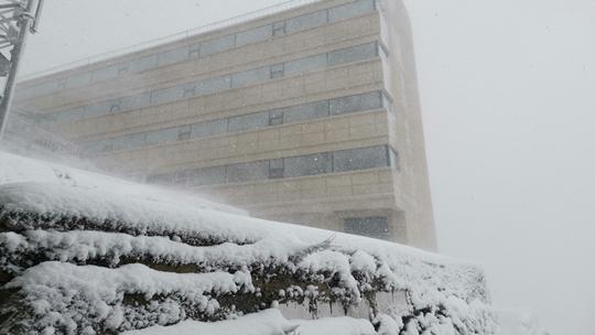 云南红河、文山2021第一场雪为大地换新装