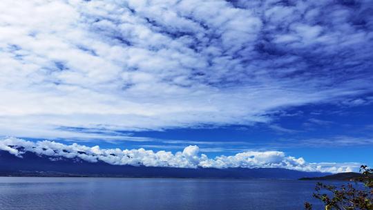 中秋节刚过大理就被蓝天白云霸屏!